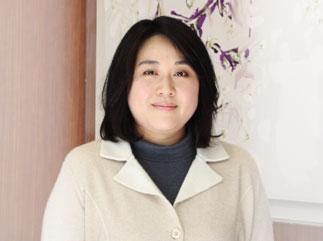 2011年1月 岩月鍍金工業株式会社の美人さん